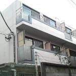 プレシェード新宿